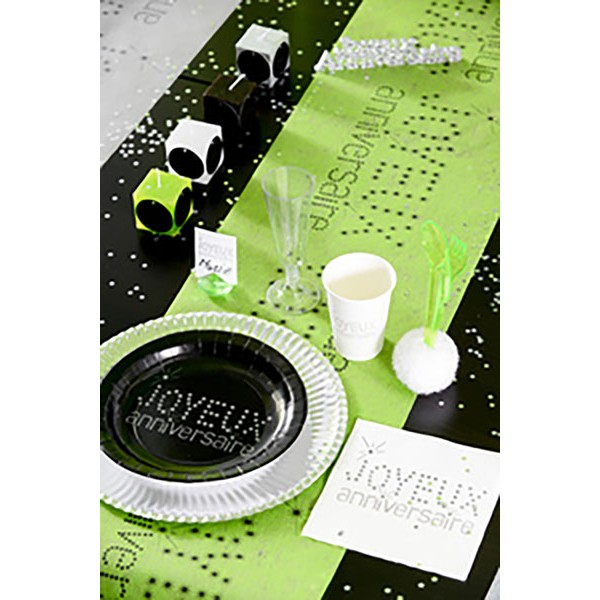 chemin de table joyeux anniversaire vert pomme. Black Bedroom Furniture Sets. Home Design Ideas