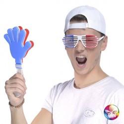 Main clap clap France